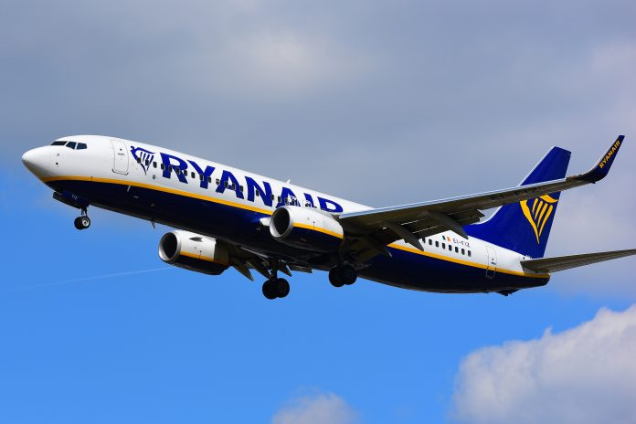 Ryanair cabin crew to go on strike