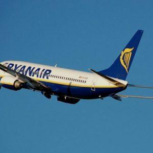Ryanair 737-800